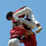 【海外の組体操】スペイン版の組体操『人間の塔』は日本と比べものにならないほど高かった!